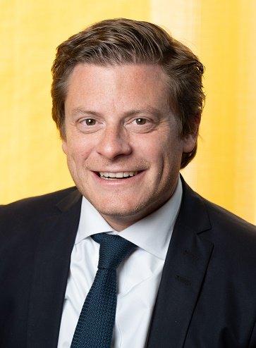 Dr. Christian Pesau